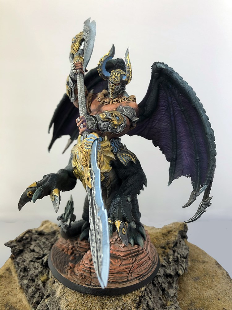 Front view of Dracon by Creature Caster painted by me